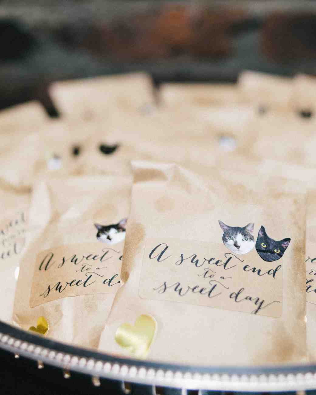 favors with cat stickers