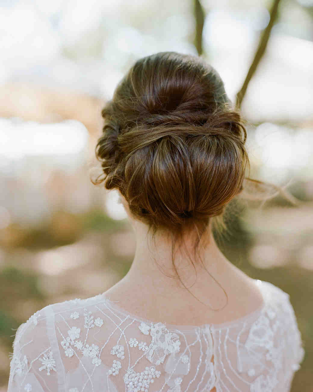 37 Pretty Wedding Hairstyles for Brides with Long Hair | Martha ...