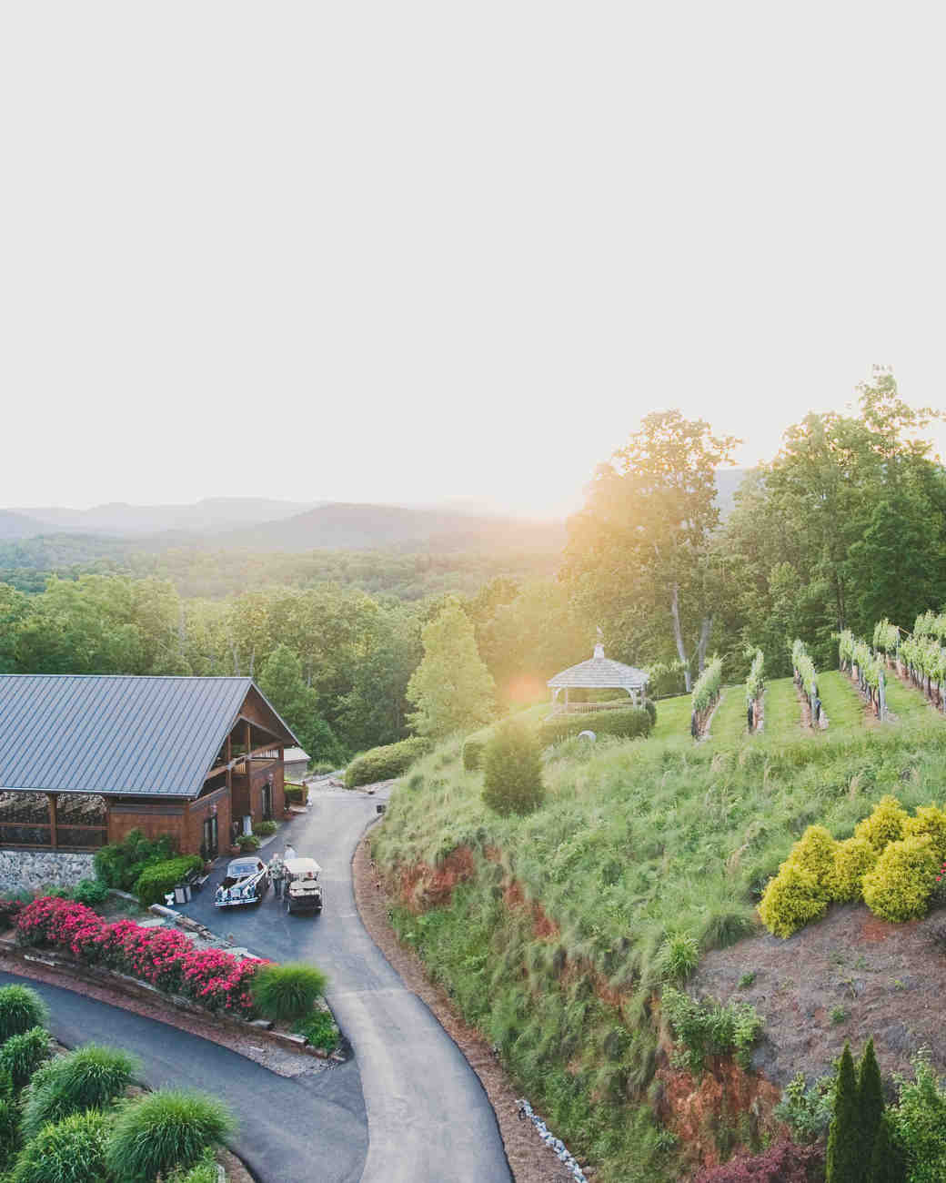 10 Vineyards Outside Of California Where You Can Get Married Martha Stewart Weddings: North Carolina Vineyard Wedding Venue At Reisefeber.org