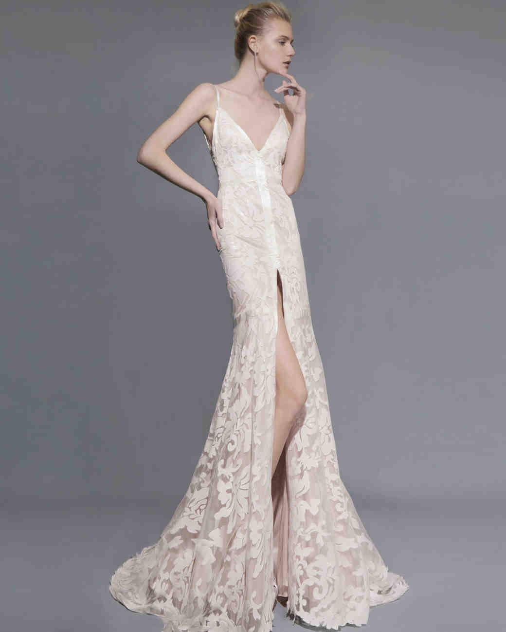 50-states-wedding-dresses-wisconsin-victoria-kriyakedes-0615.jpg