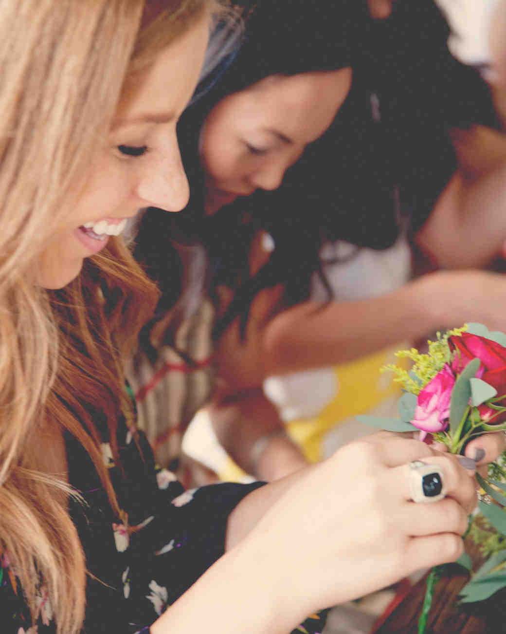claire-thomas-bridal-shower-boho-friends-smiling-crafts-0814.jpg