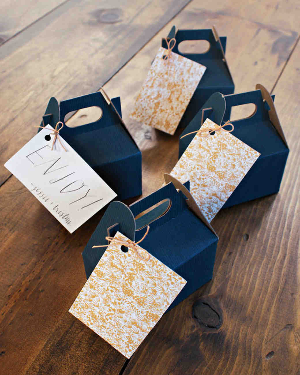 jessie tristan wedding tennessee favors blue boxes