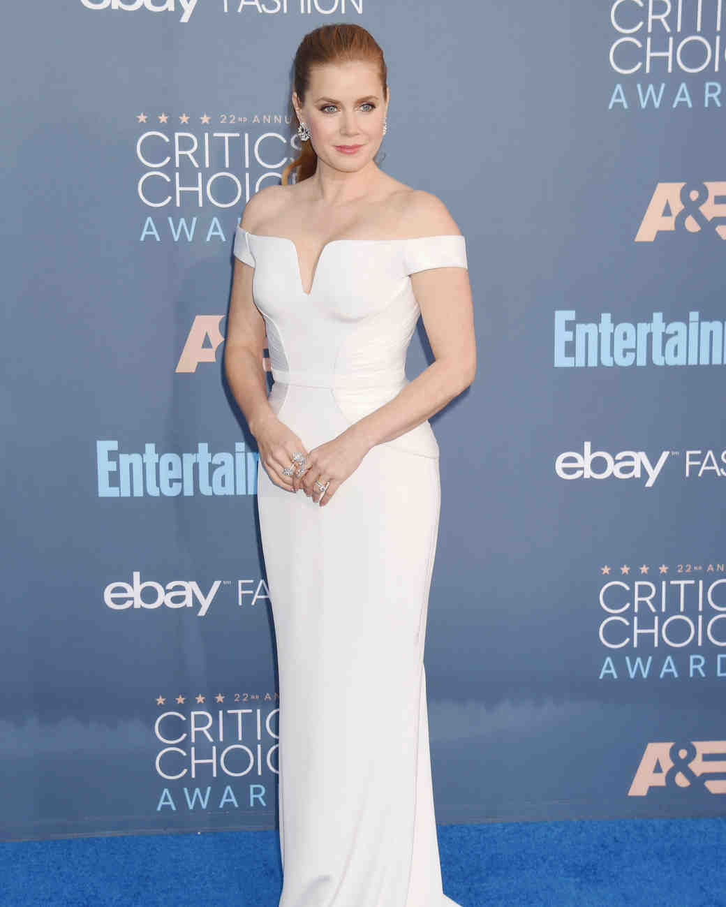 Amy Adams wearing a white Versace dress on the Critics' Choice Awards red carpet