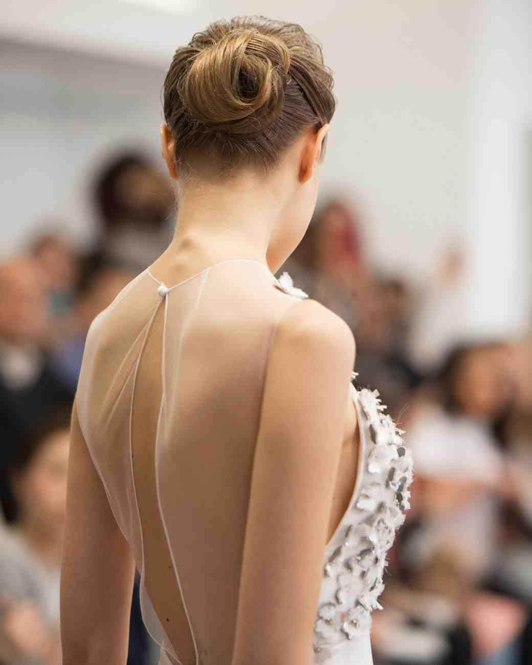 bridal-fashion-hairstyles-angel-sanchez-spring-2017-back-0416.jpg