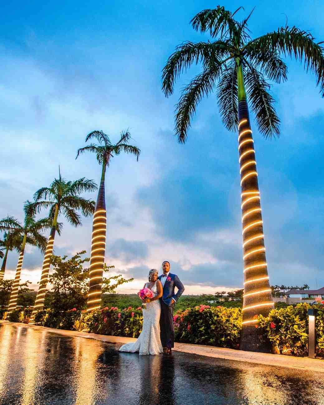 bride groom outdoor sunset palm tree lighting