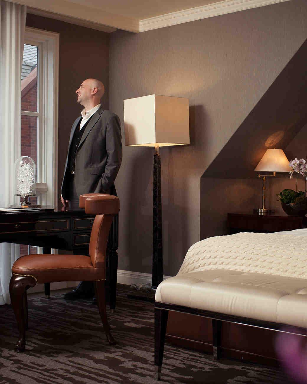hotel-amenity-mother-of-bride-butler-st-regis-aspen-resort-0915.jpg