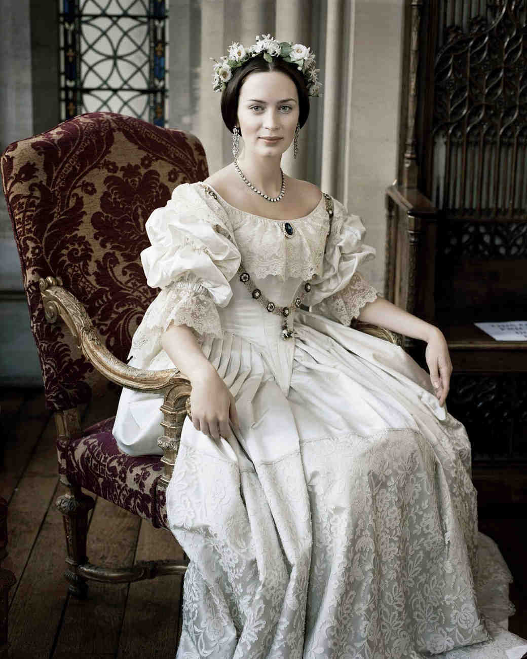 movie-wedding-dresses-the-young-queen-victoria-emily-blunt-0316.jpg