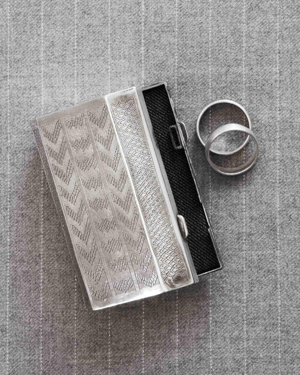 rw-anthony-rusty-wedding-ring-silver-case-13-354-00332-wd110176.jpg