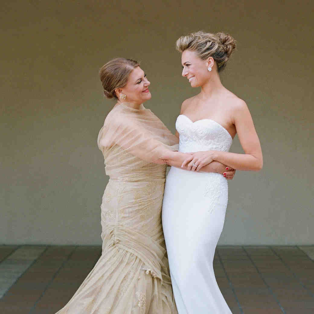 7 Must-Know Dress Shopping Tips for the Mother of the Bride