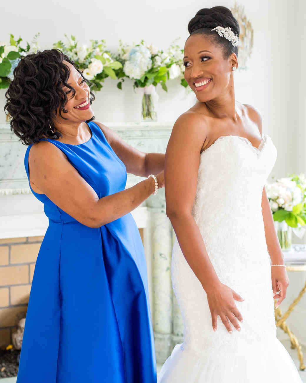 kenisha wendall wedding bride getting ready with mom blue dress
