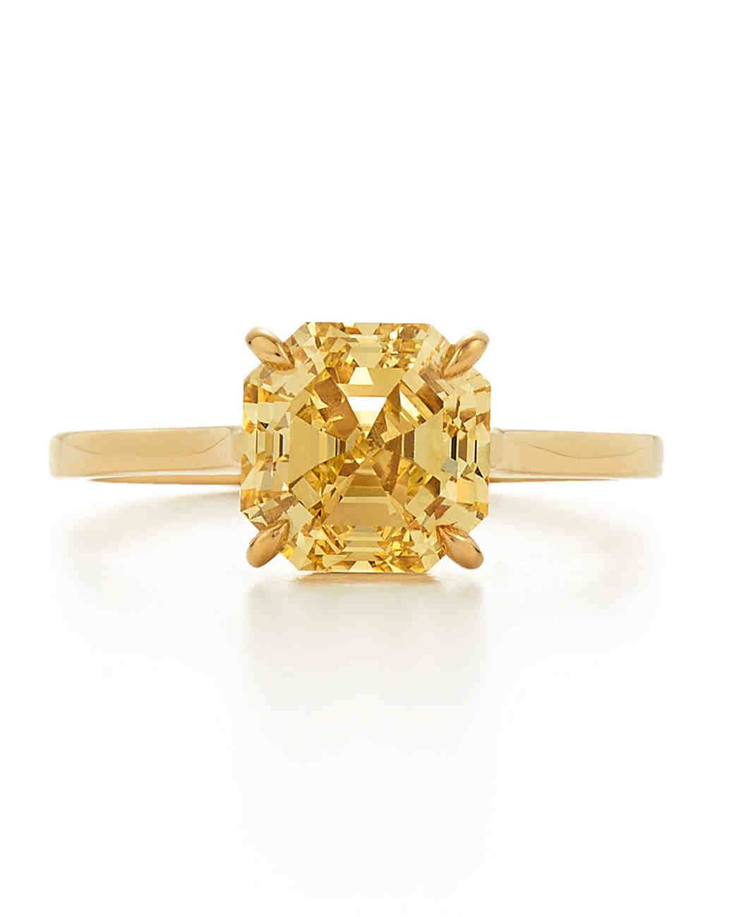 Fashion week Diamond yellow engagement rings yellow gold for lady