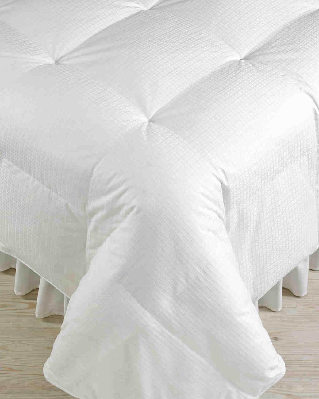 macys-registry-3-hotel-collection-lightweight-down-comforter-0115.jpg