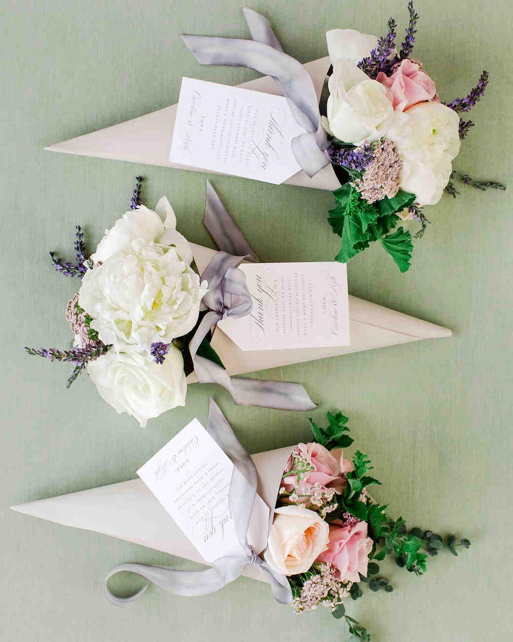 Flower and plant wedding favor ideas martha stewart weddings mightylinksfo