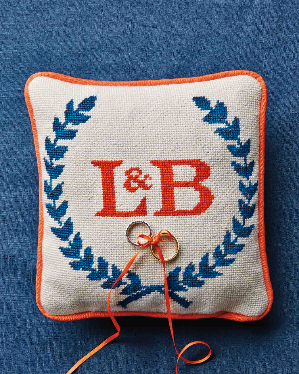 wedding-ring-initials-crest-msw-05-23-13-ring-pillow-4308-1-md110142.jpg