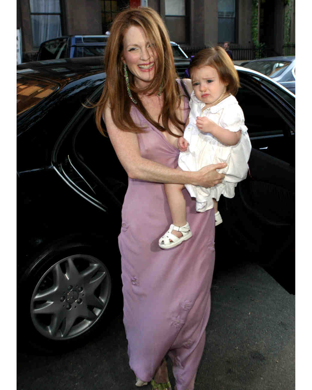celebrity-pink-wedding-dresses-julianne-moore-gettyimages-182318326-0815.jpg