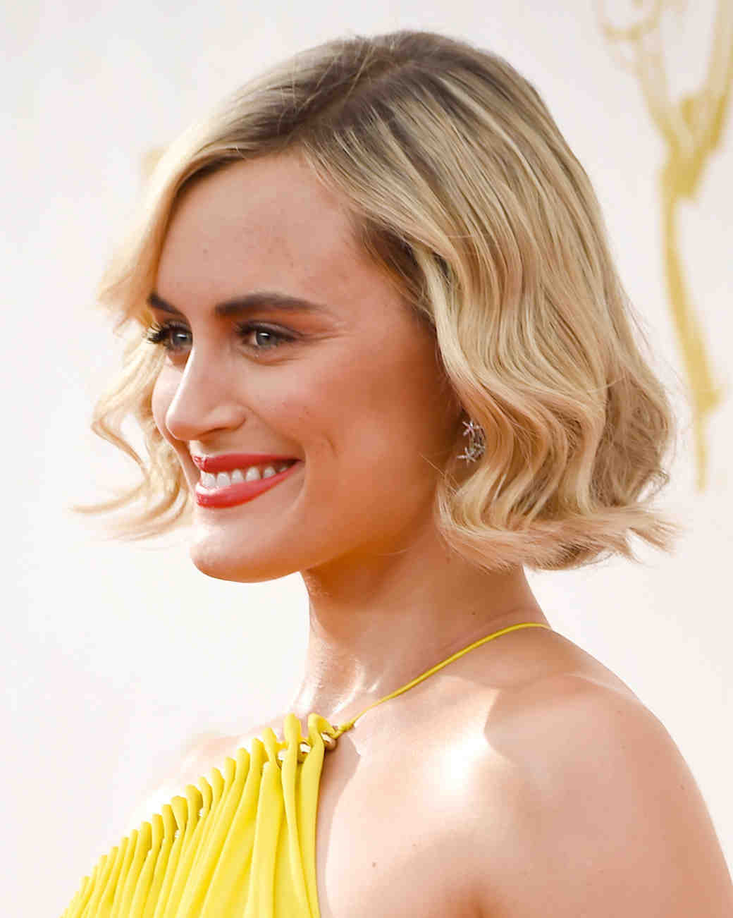 celebrity-wedding-hair-taylor-schilling-emmys-gettyimages-489368532-0915.jpg