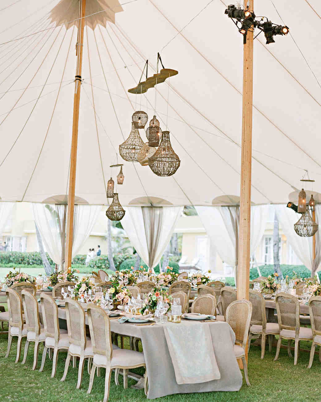 elizabeth sohale wedding dominican republic tent tables