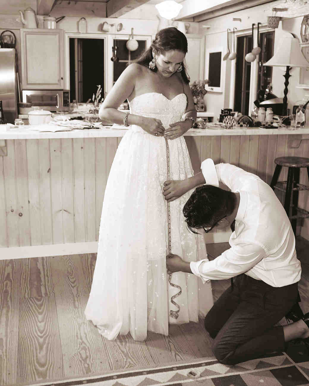 mfiona-peter-wedding-vermont-measuring-brides-dress-d3s.556.2015.47-d112512.jpg