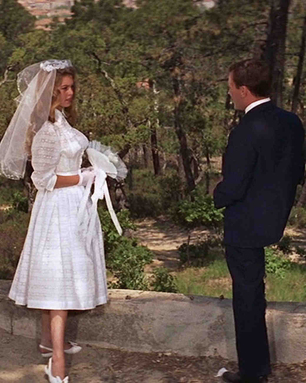movie-wedding-dresses-and-god-created-woman-brigitte-bardot-shirtdress-0516.jpg