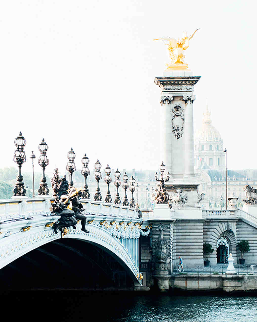 katie-mitchell-photography-where-to-propose-in-paris-pont-alexandre-iii-0815.jpg