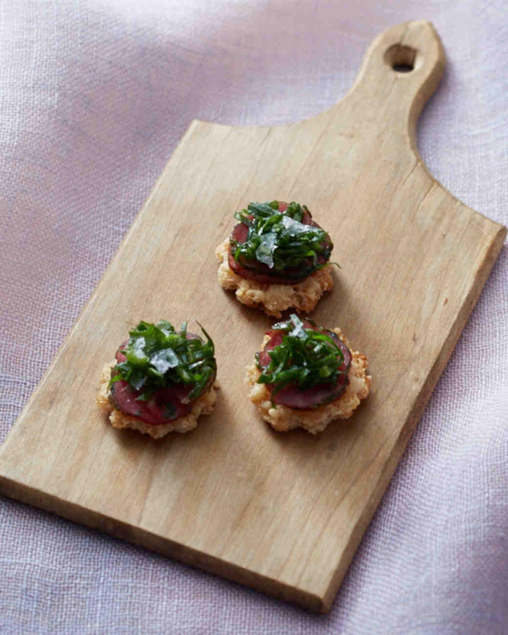 gluten-free-appetizers-beef-carpaccio-truffled-arugula-parmesan-crisps-074-d112317-fallsip15-1115.jpg