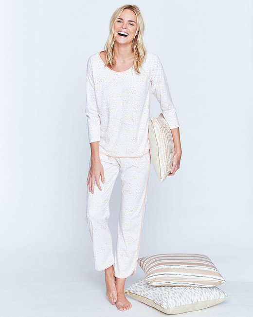 mom gift guide lake pjs