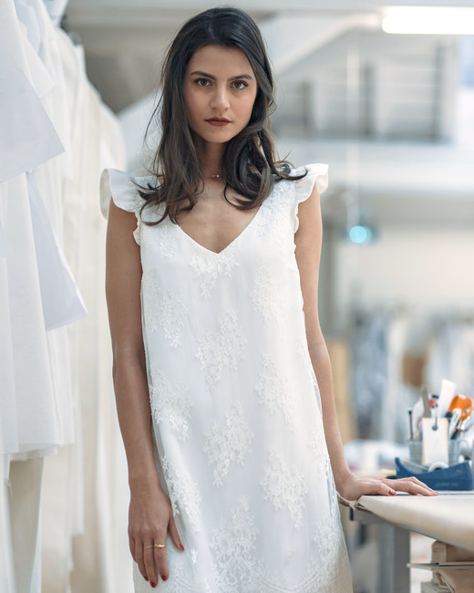 laure de sagazan short lace v-neck wedding dress spring 2019