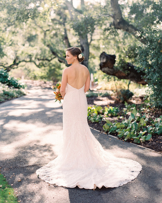 bride wearing Maggie Sottero sweetheart gown