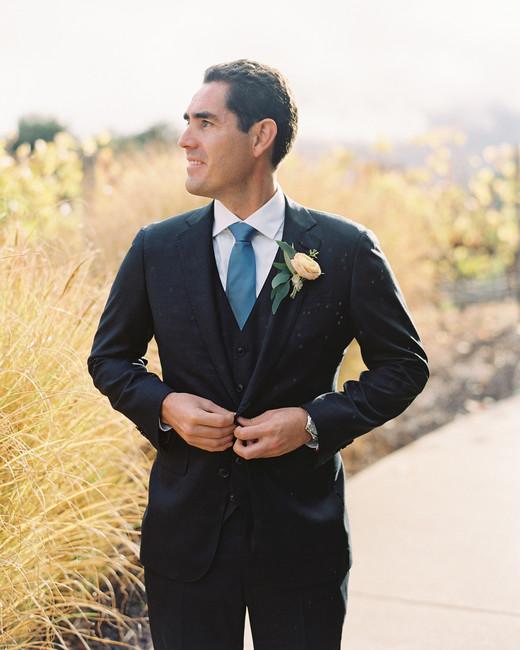 groom wearing San Francisco suitmaker Tailors' Keep suit