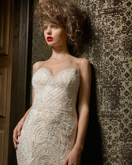olvi wedding dress spring 2019 sweetheart illusion neck embroidery