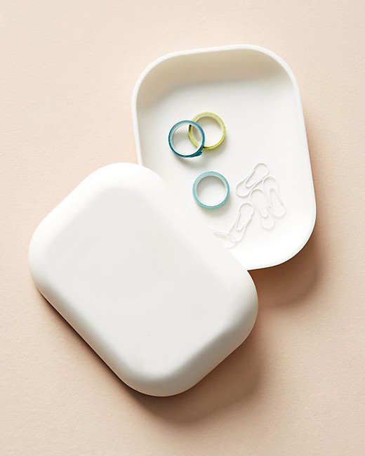 ring boxes simple white rectangle