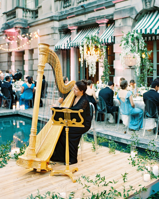 Melissa Dvorak of Capitol Harpist reception dinner musician