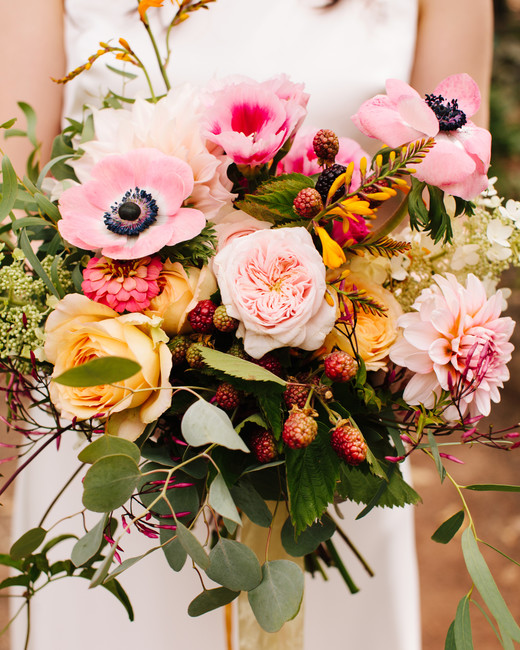 berry wedding ideas simone anne blackberry bouquet
