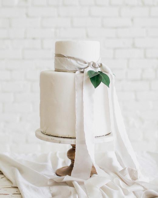 cakes with bows carolann morgan