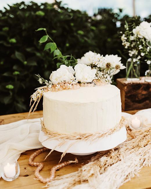 vanilla wedding cakes pat furey