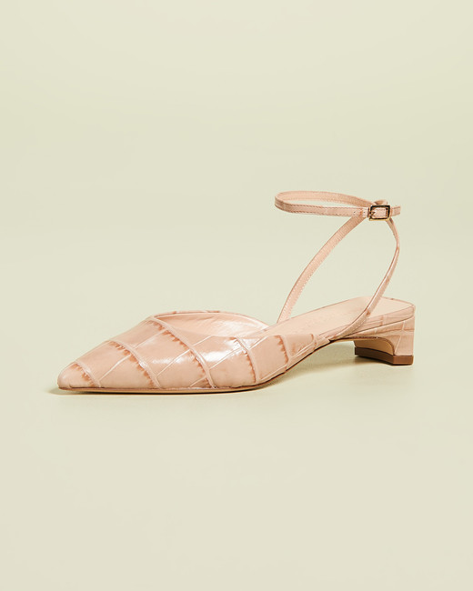 low heel pointed toe sandals