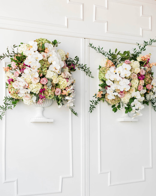wall floral arrangement decor