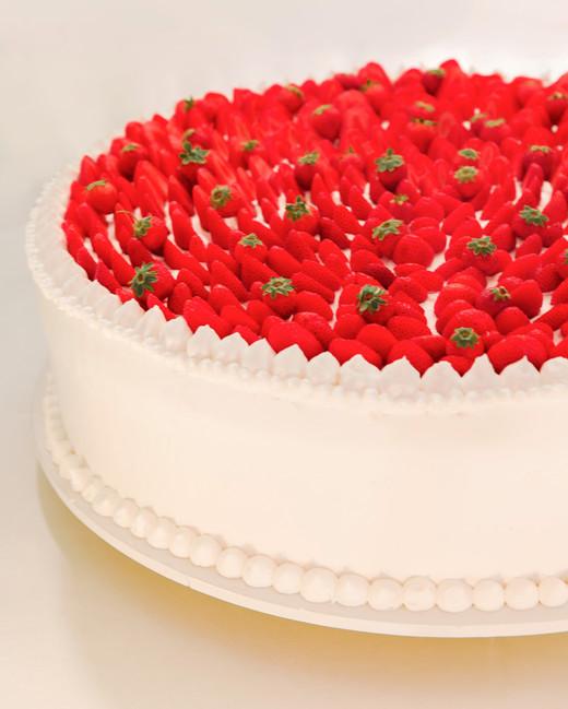 lisa greg italy wedding cake