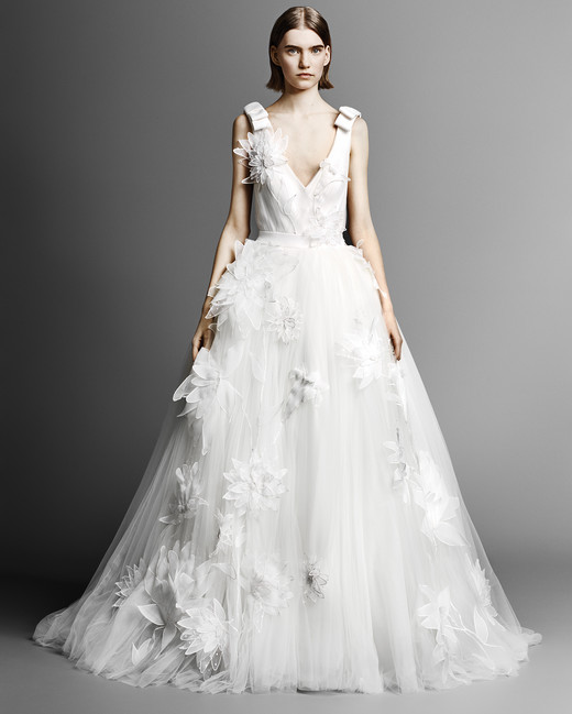 v-neck viktor rolf tulle wedding dress spring 2019