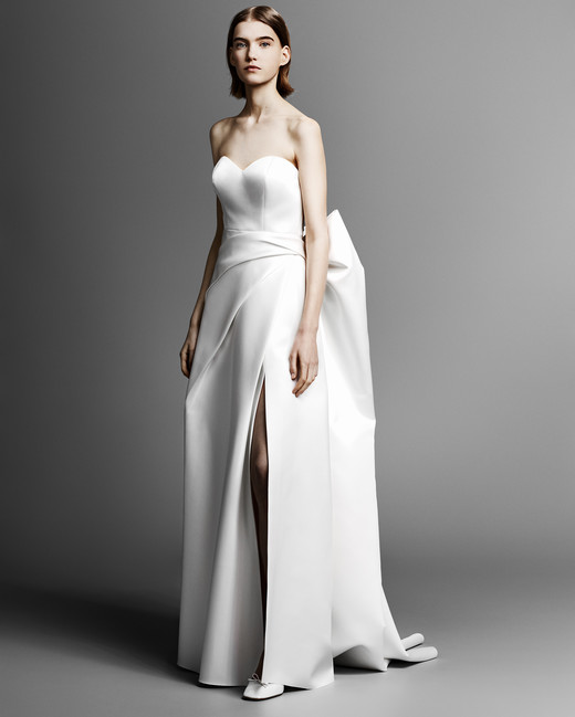 strapless sweetheart viktor rolf wedding dress spring 2019