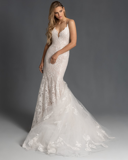 spaghetti strap scalloped edge v-neck lace trumpet wedding dress Hayley Paige Spring 2020