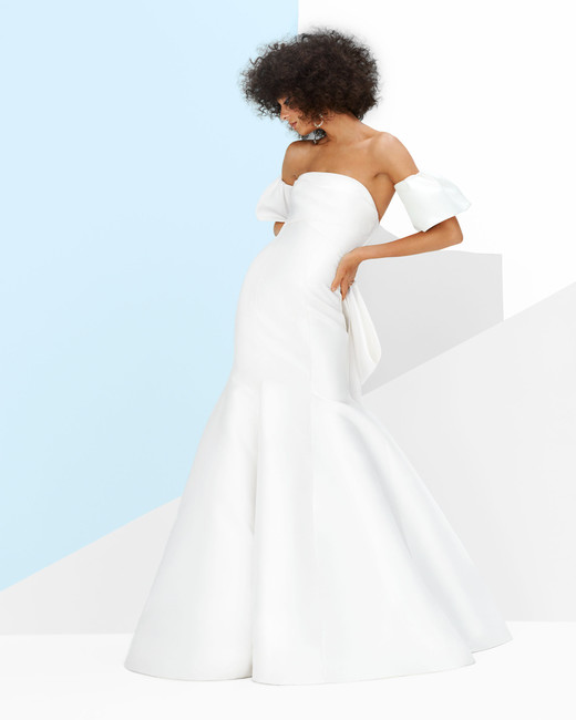monique lhuillier winston gown