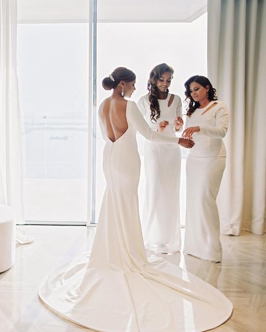 vanessa abidemi wedding bridesmaids getting ready