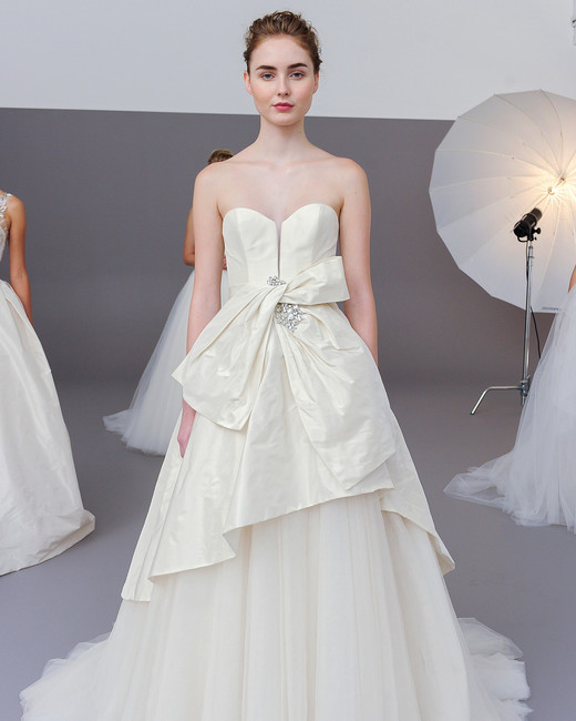 amsale fall 2018 layered ball gown with bow accent
