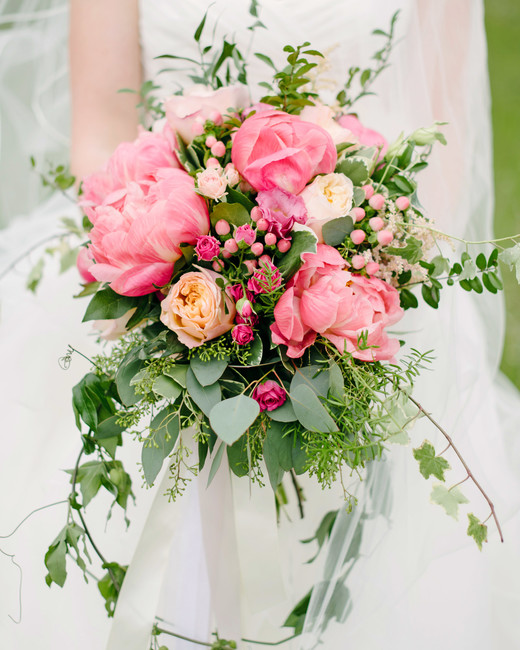 Pink Wedding Flowers: The Prettiest Pink Wedding Bouquets
