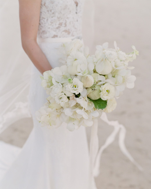 stacy brad wedding thailand white bouquet