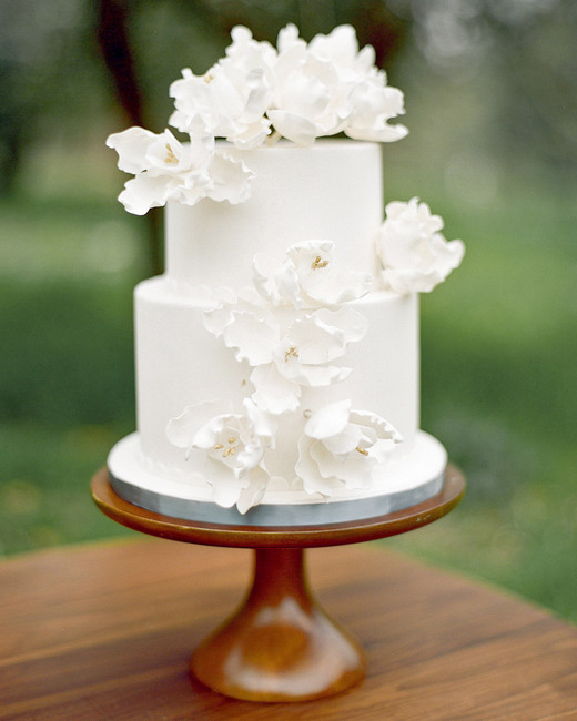bridal shower cake with sugar flowers