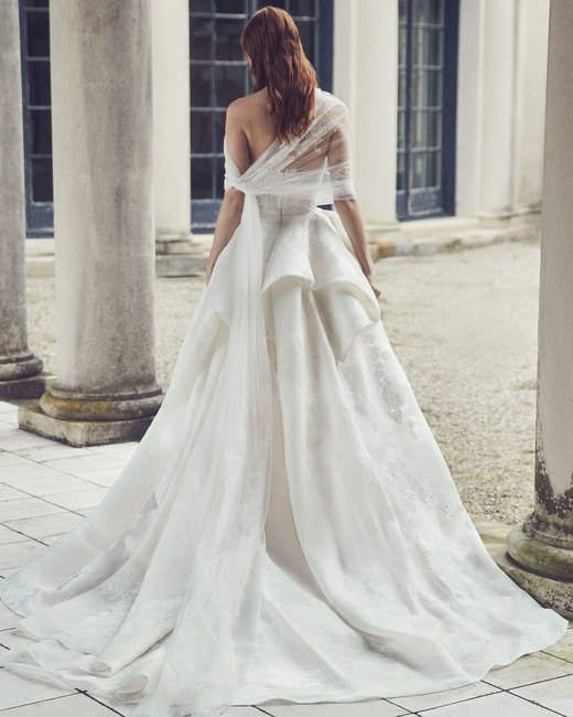 monique lhuillier fall 2019 strapless tier ballgown