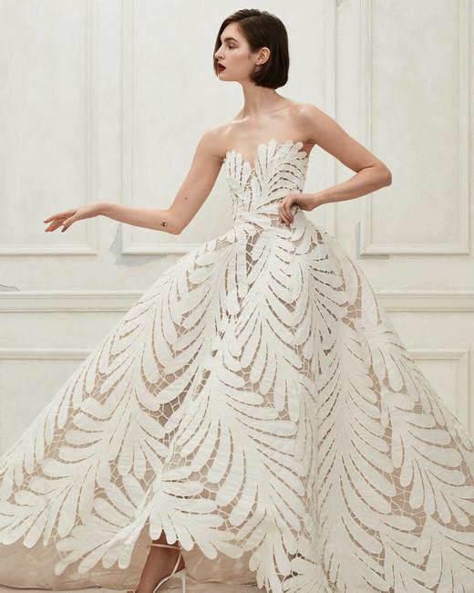Oscar de la Renta off the shoulder leaf pattern wedding dress fall 2019