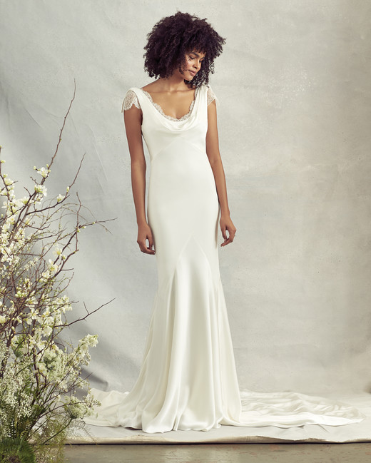 savannah miller scoop neck trumpet wedding dress spring 2020